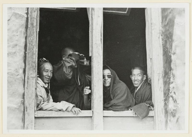 Surkhang Lhawang Topgyal, Lobsang Samten und Wangdüla.