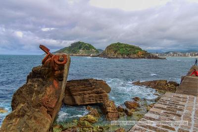 Spanien, Baskenland, San Sebastian: Peine de Vente (Windkamm) - tonnenschwere Kunstwerke