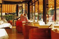 Frankreich, Hotel Welcome, Villefranche-sur-Mer, Riviera Côte d'Azur, in der Veranda, Frühstück