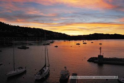 Frankreich, Hotel Welcome, Villefranche-sur-Mer, Riviera Côte d'Azur, Sonnenaufgang Mitte Oktober um 07:30 Uhr